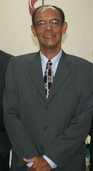Rev Marco Antonio de oliveira - pastor titular de 2007 a 2012